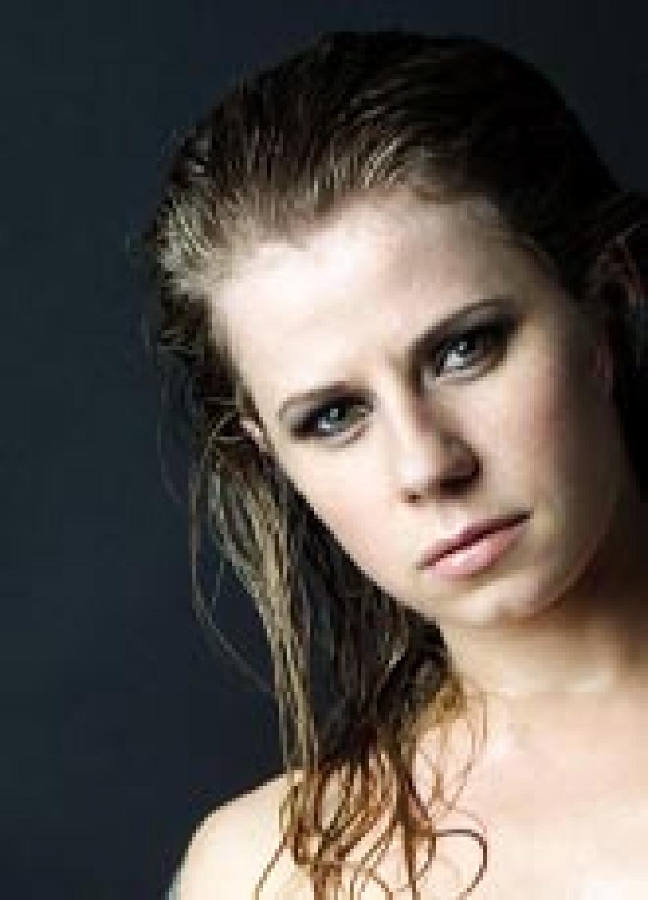 Jacqueline Svilarov | actorsdemo.de